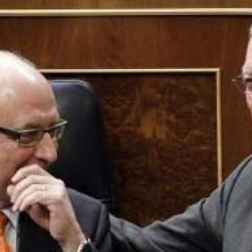 Gallardón y Montoro perdonan un millón de euros al día